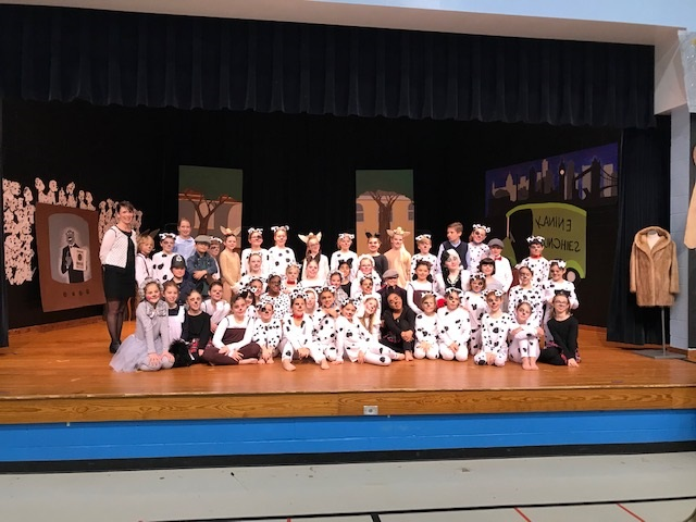 Cast of the 2018 performance of 101 Dalmatian Kids