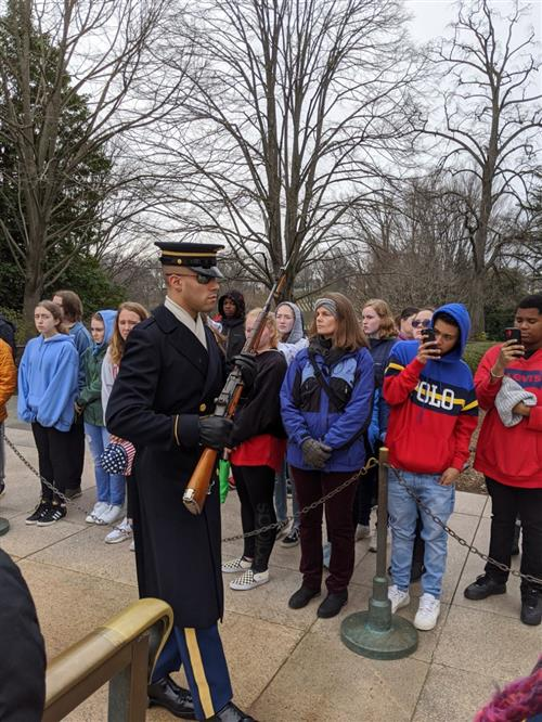 Students at Tomb of Unknown Soldier