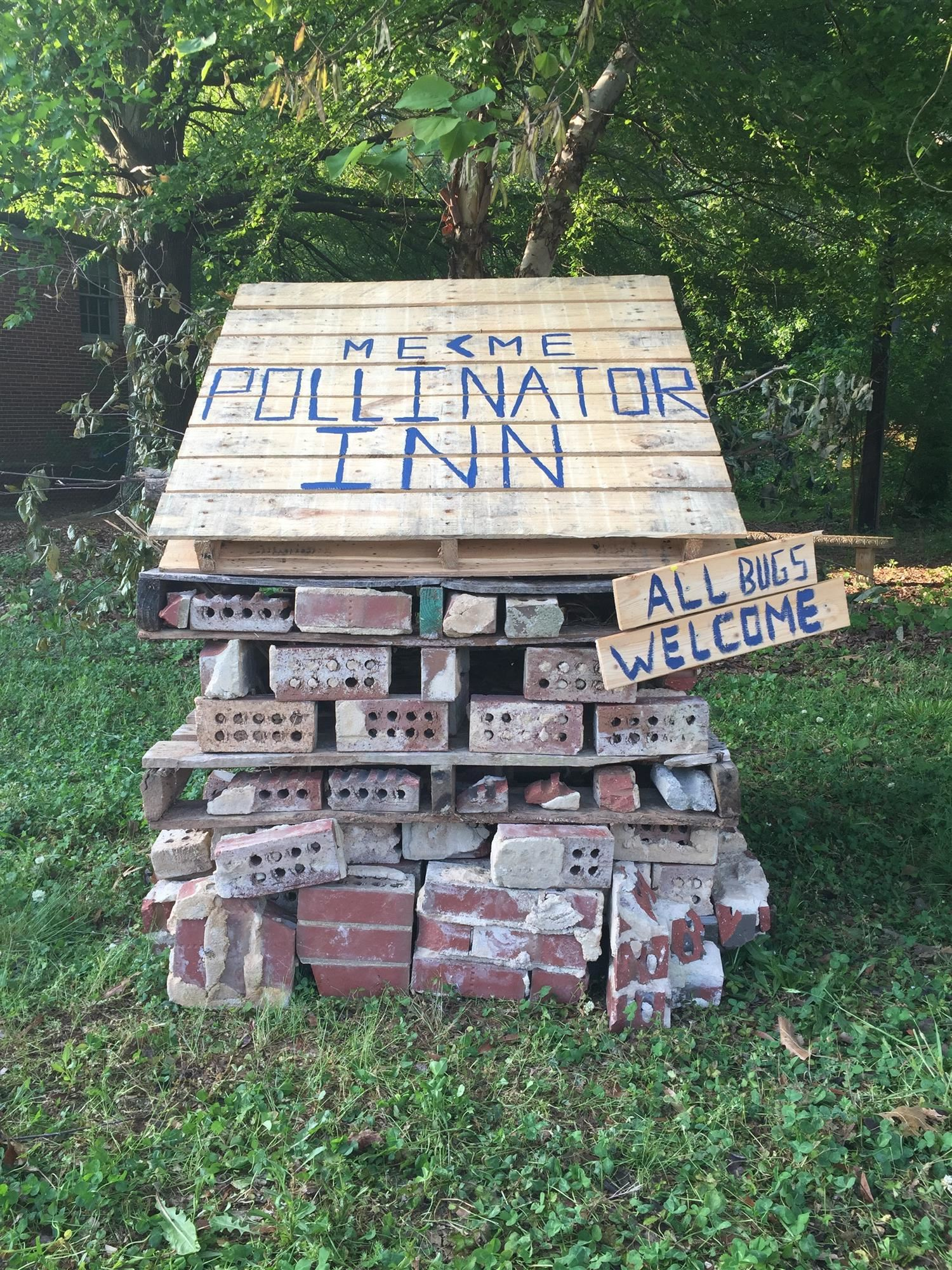 There are still some vacancies at the Pollinator Inn